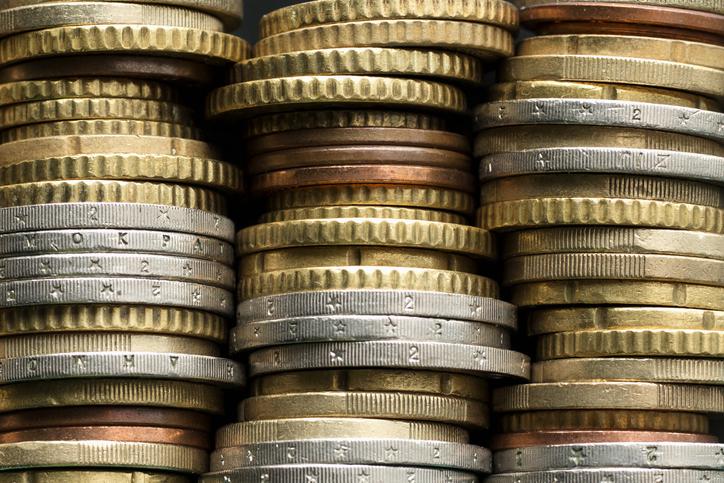 Geldmünzen in Stapeln